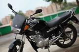 Мотоцикл Ямаха YBR125 (черный, серебристый )