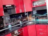 Кухни. Любые цвета