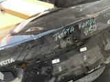 Крышка багажника Тойота Камри 50
